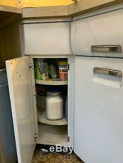 Cuisine Vintage Métal Cabinets- Ensemble Complet. Collecte Locale