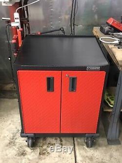 Gladiator Garageworks Premier Outil Armoires De Rangement Et Set Workbench