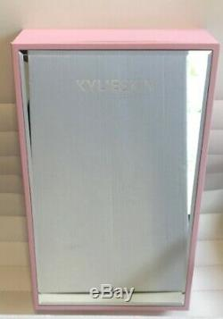 Kylie Skin Set Brand New! Dossier De Presse Rare Avec Armoire À Pharmacie Miroir