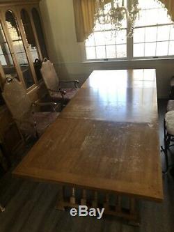Set Thomasville Salle À Manger Table, 4 Chaises, Armoire, Tiroir, Couleur Noyer